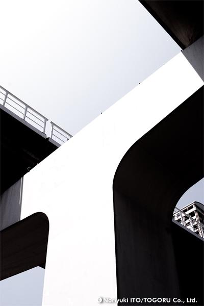 Tという字に見える橋梁